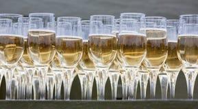 Champagne en verre Photos libres de droits
