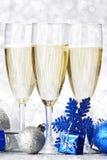 Champagne et boules Photos libres de droits