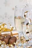 Champagne et chocolats Image stock