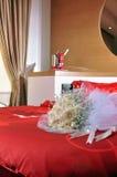 Champagne et fleurs Photographie stock libre de droits