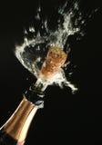 Champagne-Flasche betriebsbereit zur Feier Lizenzfreie Stockbilder