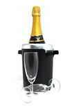 Champagne-Flasche im Kühler Stockbild