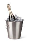 Champagne-fles in een emmer met ijs Royalty-vrije Stock Foto's