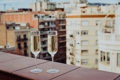 Champagne Glasses i det Barcelona centret Royaltyfria Foton