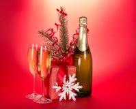 Champagne gran-träd filial, gåvaask, snöflinga royaltyfri fotografi