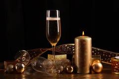 Champagne i exponeringsglas Royaltyfri Foto