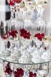 champagne inramninga exponeringsglas som skjutas horisontal Royaltyfri Fotografi