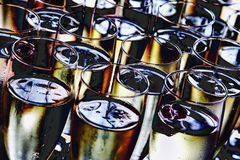 champagne inramninga exponeringsglas som skjutas horisontal Arkivbilder