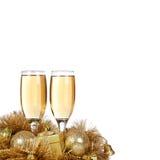 Champagne met de ornamenten van Kerstmis Stock Afbeeldingen