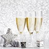 Champagne och garnering Royaltyfri Foto