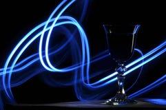 Champagne på nyårsafton signalljus Nytt års hälsningar Lycka och gyckel Royaltyfri Fotografi