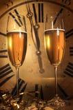 Champagne prête à apporter l'an neuf Images libres de droits