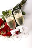 champagne red roses στοκ φωτογραφίες με δικαίωμα ελεύθερης χρήσης