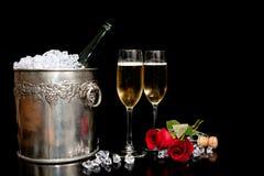Champagne romântico   Fotos de Stock Royalty Free