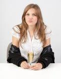 Champagne seducente della ragazza w Fotografia Stock Libera da Diritti