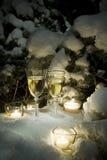 Champagne su neve immagini stock