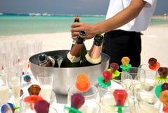 Champagne sur la plage Images libres de droits