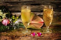 Champagne und Blumen Stockfoto