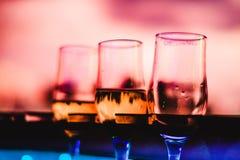 Champagne und Gläser Stockfoto