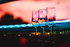 Champagne und Gläser Lizenzfreies Stockbild
