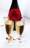 Champagne und stieg Lizenzfreies Stockfoto