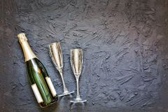 Champagne, champagne, Vrouwen` s Dag, 8 Maart, de Dag van Valentine ` s, Bir Stock Afbeelding