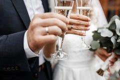 Champagne Wedding Toast fotografia de stock royalty free