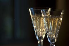 champagnedetaljexponeringsglas två waterford Arkivbilder