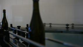 Champagnefabrik lager videofilmer
