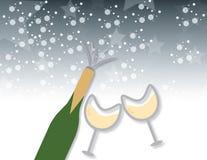 Champagneflaska och exponeringsglasbakgrund Royaltyfria Foton
