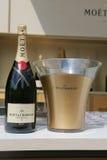 Champagner Moet und Chandon stellte sich in der nationalen Tennis-Mitte während US Open 2014 dar Stockfotografie