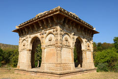 Champaner - arkeologiska Pavagadh parkerar nära Vadodara, Indien arkivfoton