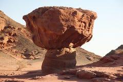 Champignon de couche de roche dans Timna, Israël Photographie stock libre de droits