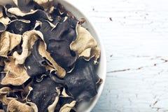 Champignon noir chinois sec Oreille de gelée photos stock