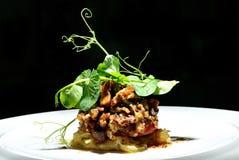 Champignons de couche rôtis avec des herbes Photographie stock