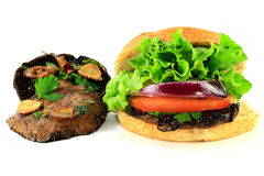 Champignons et hamburger grillés de Portobello Image libre de droits