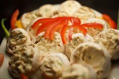 Champigon med ost och grönsaker Royaltyfria Bilder