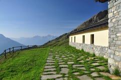 Champillon bergkoja, italienska fjällängar, Aosta Valley. Fotografering för Bildbyråer