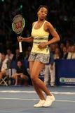 Champion Venus Williams de Grand Chelem des Etats-Unis dans l'action pendant événement de tennis d'anniversaire d'épreuve de forc Photographie stock libre de droits