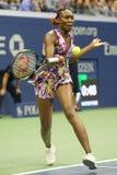 Champion Venus Williams de Grand Chelem des Etats-Unis dans l'action pendant son match du rond 3 à l'US Open 2016 Photos libres de droits