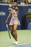 Champion Venus Williams de Grand Chelem des Etats-Unis dans l'action pendant son match du rond 3 à l'US Open 2016 Images stock