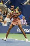 Champion Venus Williams de Grand Chelem des Etats-Unis dans l'action pendant son match du rond 4 à l'US Open 2017 Image stock