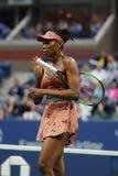 Champion Venus Williams de Grand Chelem des Etats-Unis dans l'action pendant son match du rond 4 à l'US Open 2017 Photos libres de droits