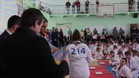 Championnat de karaté de Shinkyokushinkai : Le président de la fédération attribue des gagnants clips vidéos
