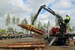 Championnats finlandais dans le rondin chargeant 2014 Image libre de droits