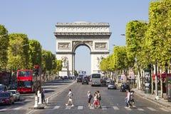 Champs-Ãlysées en de Boog DE Triomphe Stock Foto