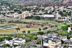 Champs de Mars hästkapplöpningspår som långt in beskådas från Port-Louis Mauritius Arkivfoton