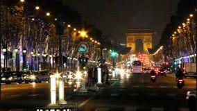 Champs-Elysees e Arco de Triomphe video estoque