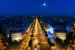 Champs-Elysees en la puesta del sol foto de archivo libre de regalías