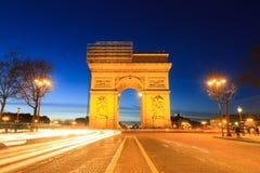 Champs-Elysees et Arc de Triomphe Photographie stock